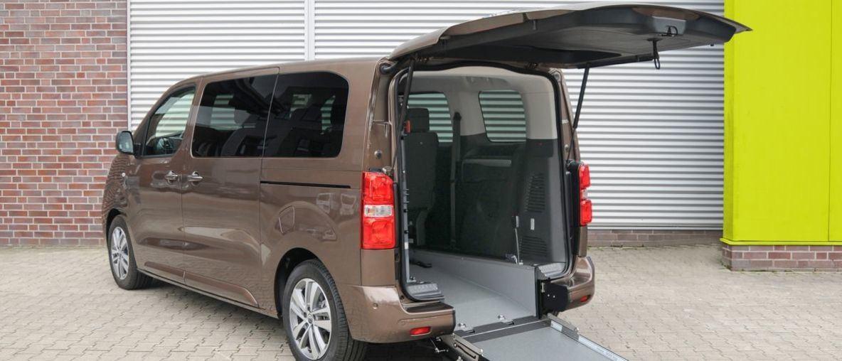 Opel Zafira-e Life: 'Σαλόνι σε Τροχούς' Συμβατό με Αναπηρικά Αμαξίδια