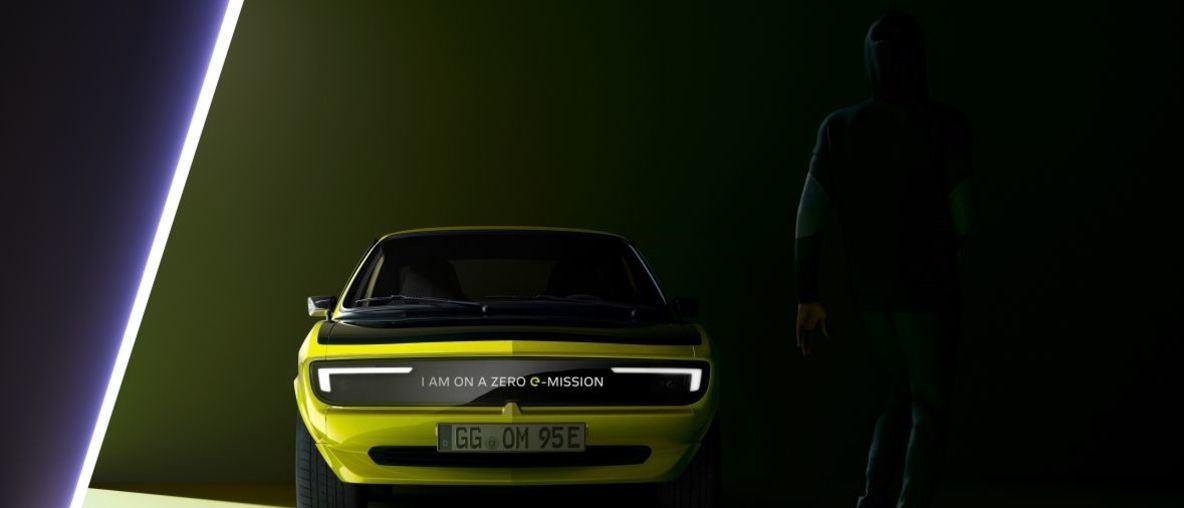 Νέο Opel Manta GSe ElektroMOD με Αστραφτερό Χαμόγελο