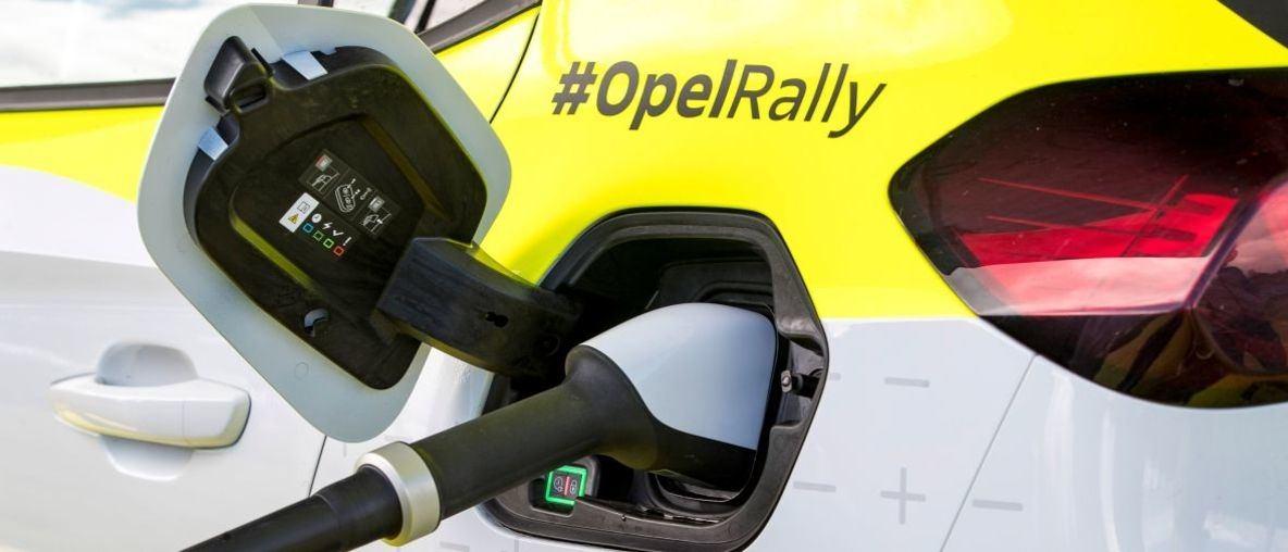 Πλήρης Ισχύς: Κινητή Υποδομή Φόρτισης για το Opel Corsa-e Rally