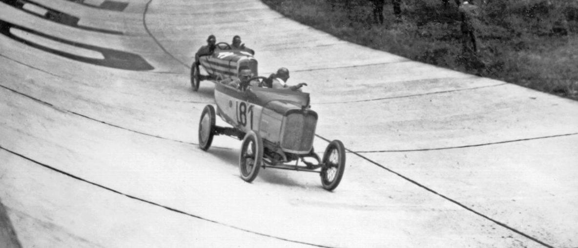 Πριν από 100 χρόνια: Οι Πρώτοι Αγώνες Αυτοκινήτων στην Πίστα Opel Rennbahn