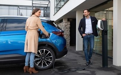 Opel Grandland X Plug-In Hybrid με Ηλεκτρικό Σύστημα AWD