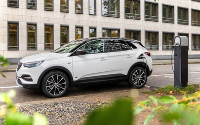 Νέο Opel Grandland X Plug-in-Hybrid με Εμπρόσθια Κίνηση (FWD)